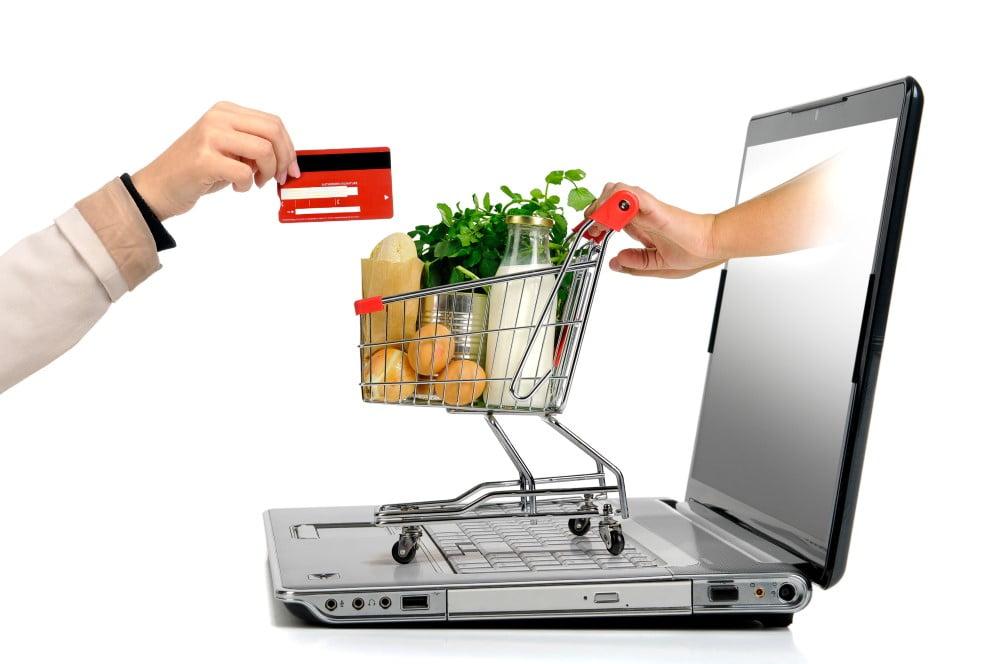 Read more about the article Køb stort ind til festen online og spar både tid og penge